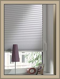 sonnenrollos plissees ohne bohren easyfix gardinia faltstoren sichtschutz und sonnenschutz. Black Bedroom Furniture Sets. Home Design Ideas